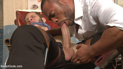 Gay doctor torturing his patients in extreme sex-38550